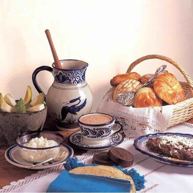 Foto de un desayuno tradicional en el restaurante El Cardenal